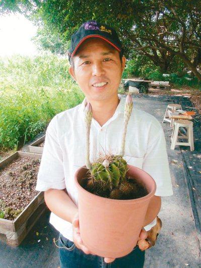 52歲的林全勝從軍中退伍後,致力推廣仙人掌。 記者余采瀅/攝影