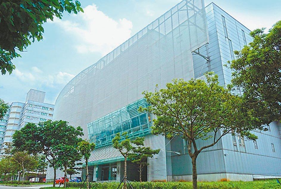 華亞科技園區中浩瀚數位廠房再次公開標售,由全球人壽以28.08億元得標。 第一太...
