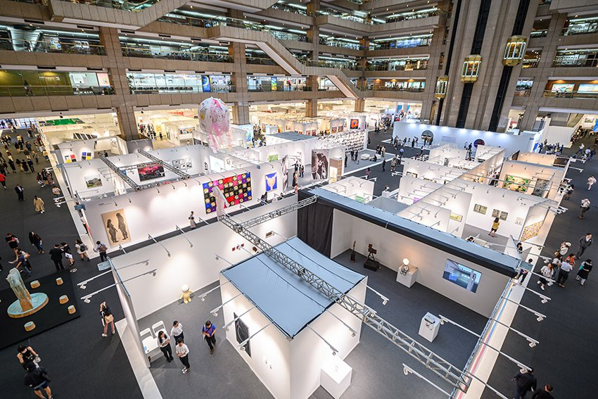 2019 ART TAIPEI展場效果精緻,為141家畫廊開拓與海內外藏家及國家...