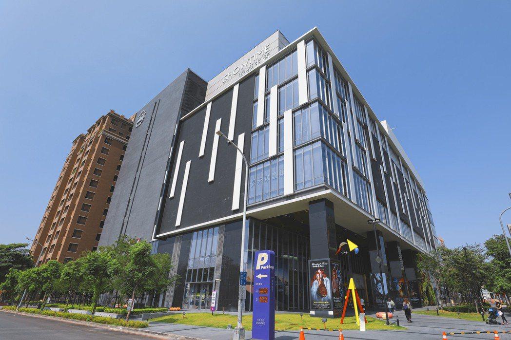 在Hyundai品牌概念館進駐下,將提供中部地區的民眾不一樣的賞車體驗。 圖...