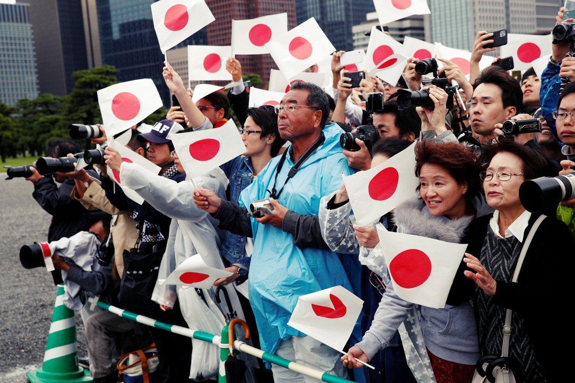 在天皇即位禮的同時,日本也頒布了「政令恩赦」,讓有較輕刑責、罰金刑的民眾免除罪責...