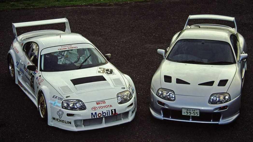 Supra 3000GT加入當時Supra Super GT的元素。 摘自Toy...