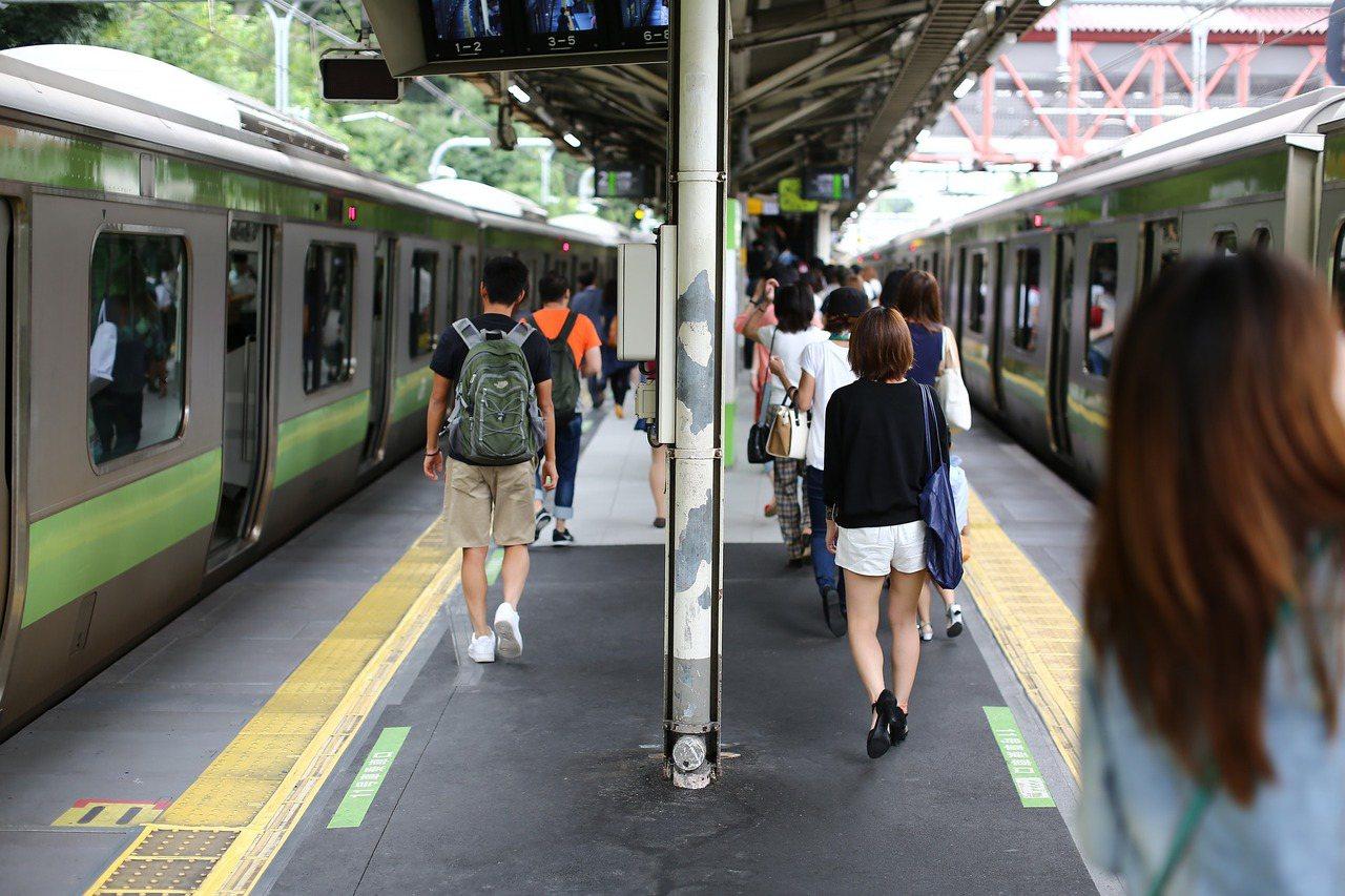 日本的交通費不便宜。 圖片來源/PIXABAY