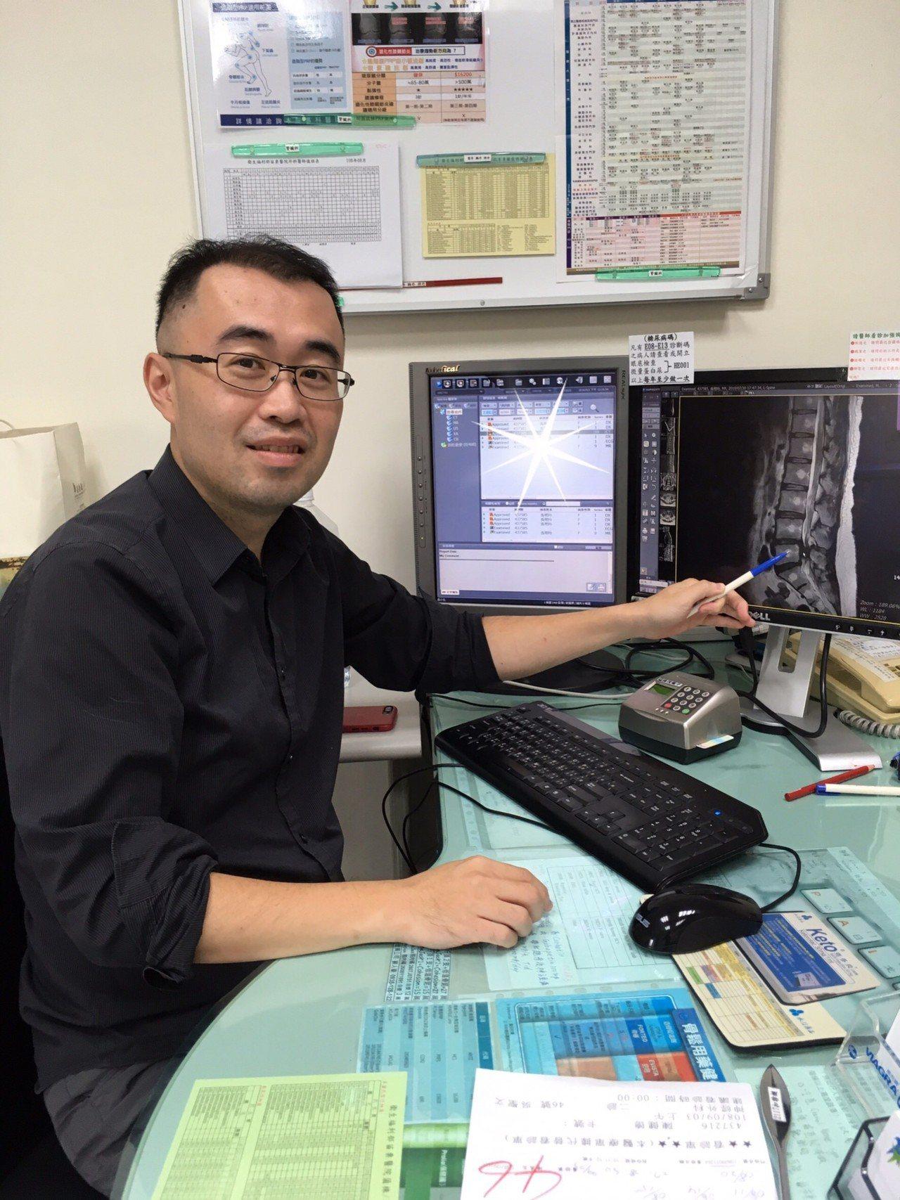神經外科醫師吳聖文是苗栗縣三義鄉人,去年返鄉服務。圖/衛生福利部苗栗醫院提供