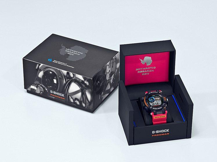 特殊外包裝盒增添收藏價值。圖/Casio提供
