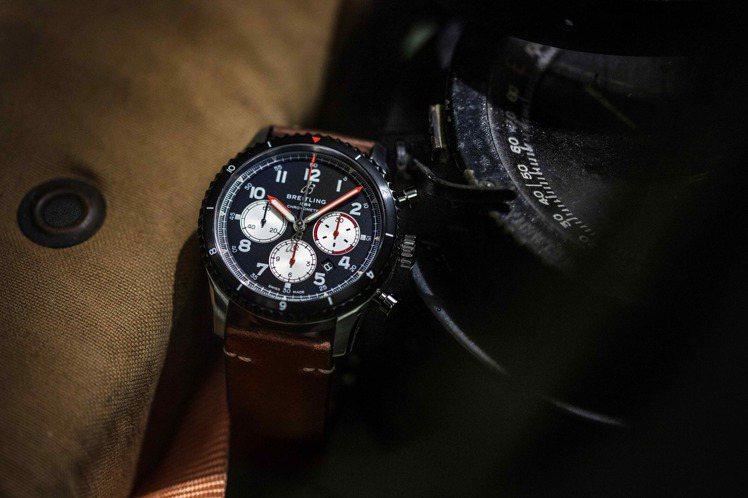 百年靈Aviator 8 Mosquito航空計時腕表,24萬5,000元。圖/...