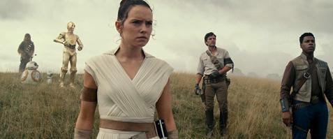 歐美萬千影迷期待的「星際大戰」系列最新續篇「Star Wars:天行者的崛起」據傳將是42年來長達9部影片的「天行者」故事最終章,讓老粉絲都好奇將如何收尾?雖然迪士尼早就宣布一堆新的「星際大戰」相關...