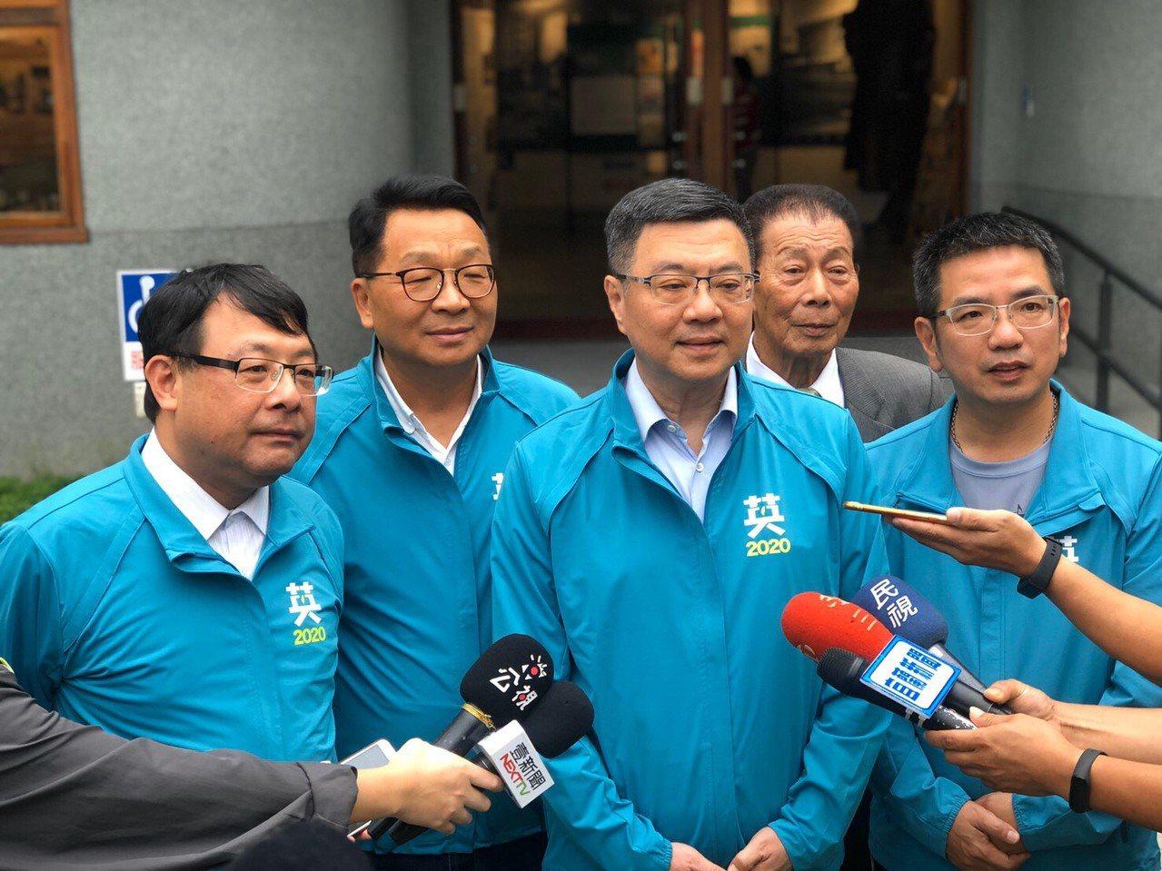前總統馬英九談陳同佳案時哽咽,對此民進黨主席卓榮泰諷刺,馬英九眼淚流的不是時候。...