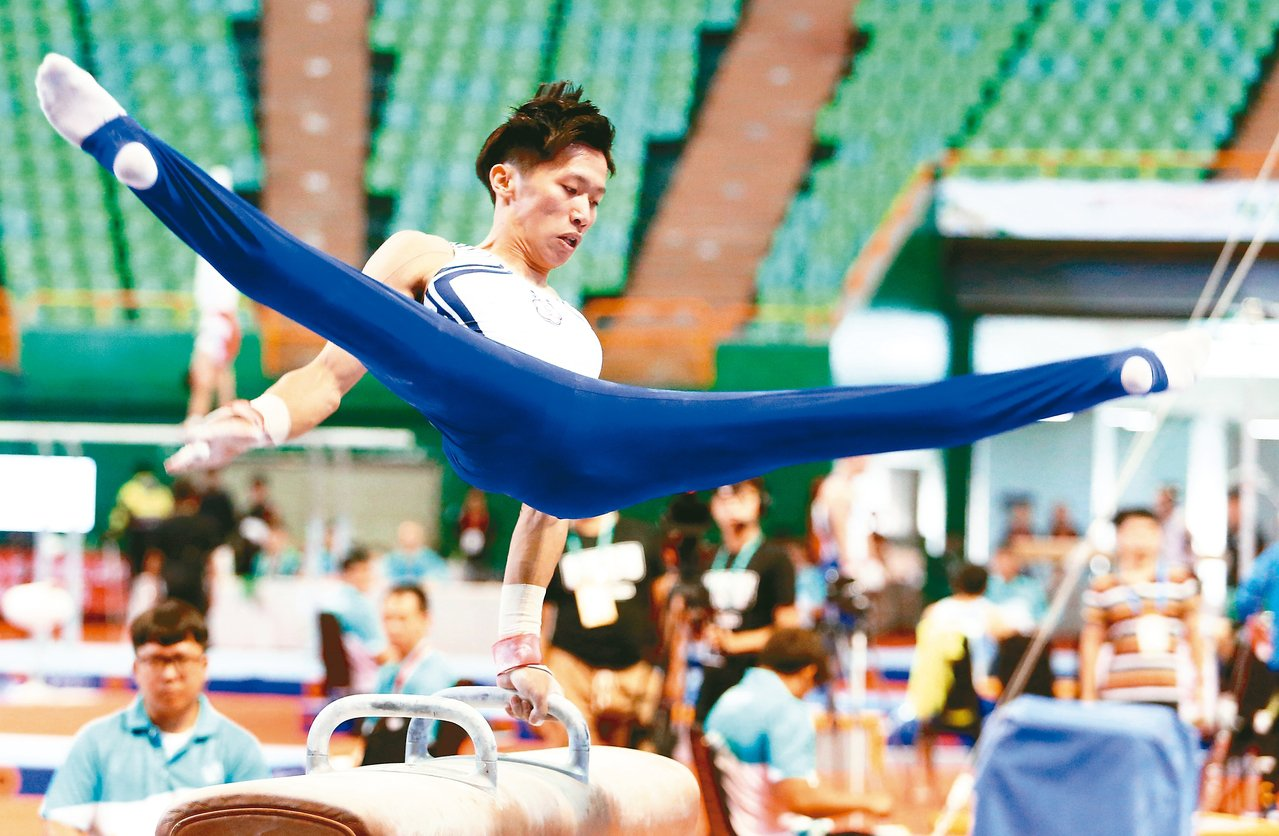 李智凱摘下男子體操全能金牌。 記者侯永全/攝影