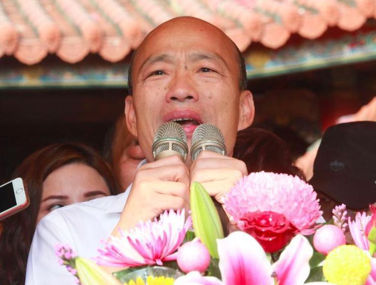 國民黨總統參選人韓國瑜在台南市發表觀光旅遊政見,並舉故宮為例,「故宮產業一次攤開...