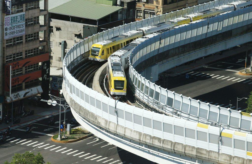 圖為新北捷運環狀線試營運。聯合報系資料照片/記者陳正興攝影