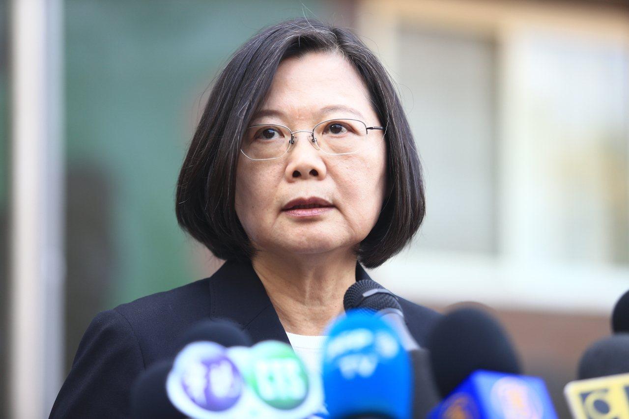 蔡英文總統今發表聲明表示,既然香港政府不願行使管轄權,「這件事就由我們中華民國台...
