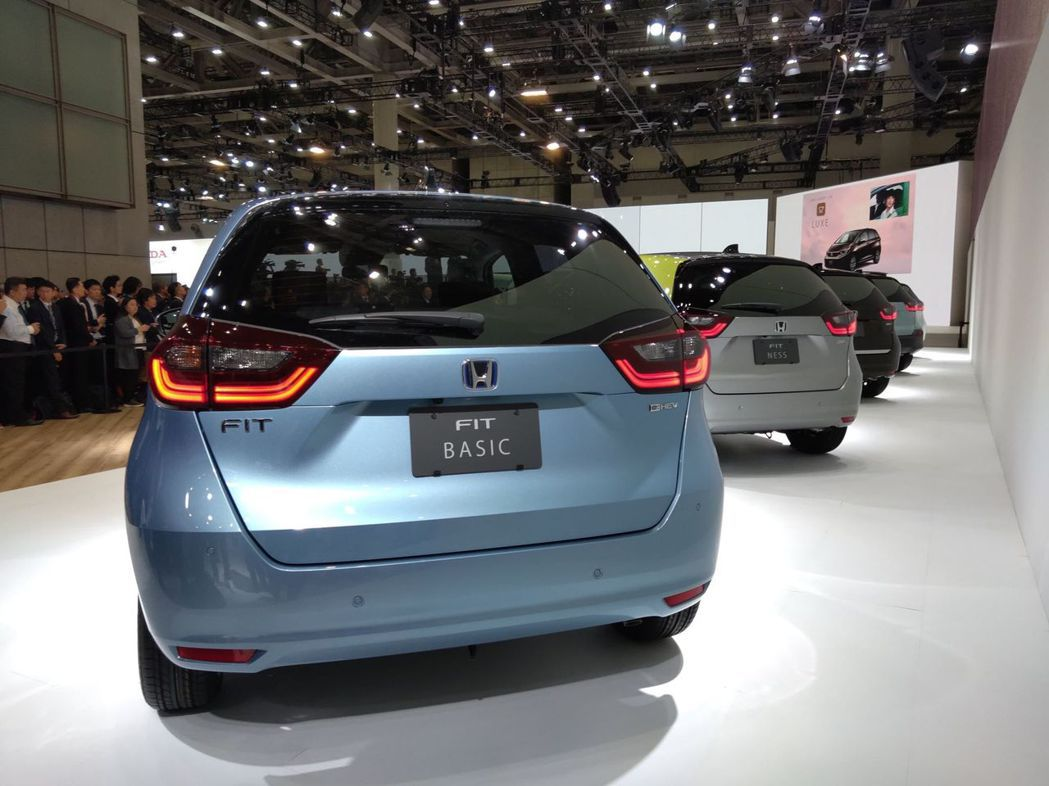 第四代Honda FIT車頭與車尾都有著大幅度的更動。 記者張振群/攝影