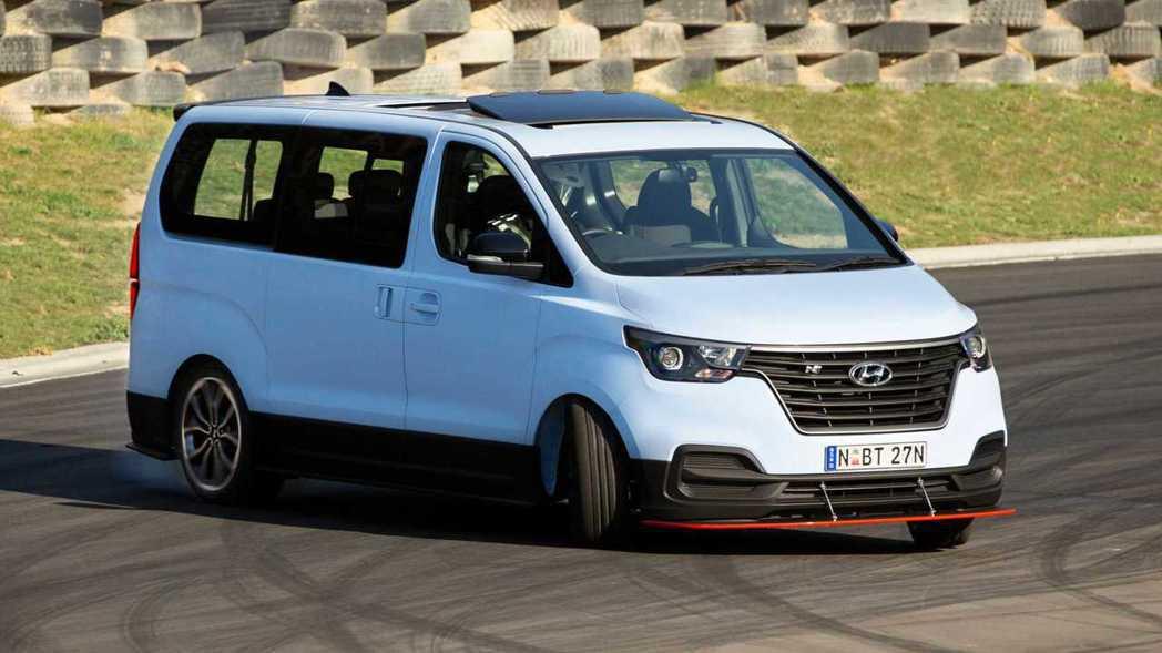 Hyundai iMax N 進化之後,最大馬力大幅提升至402hp。 摘自Hy...