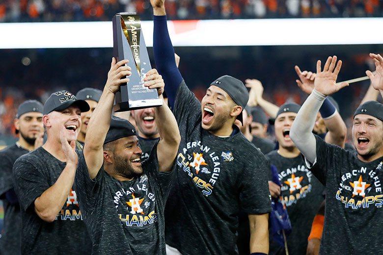 太空人二壘手亞土維(左)拿過2017年美聯MVP,本季也拿下美聯冠軍戰MVP,算...