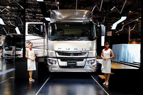 日系卡車品牌首見!Fuso於東京車展發表Level 2重卡與氫燃料概念車