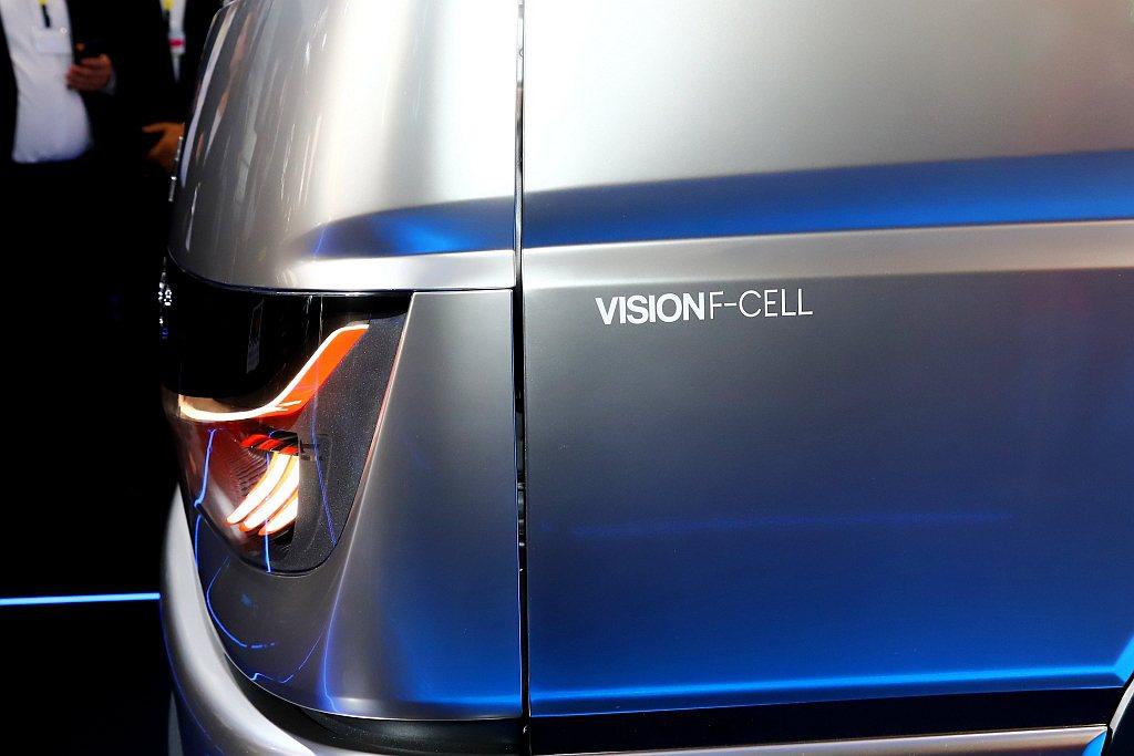 Fuso Vision F-CELL已經具備135kw(184hp)動力表現與3...