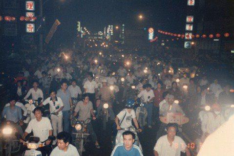 陳平浩/不合時宜的《狂飆一夢》,記錄民主運動裡的失敗者群像