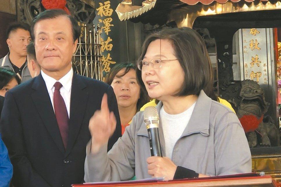 民進黨為何「蘇蘇鬥」? 唐湘龍:整個屏東發展落後
