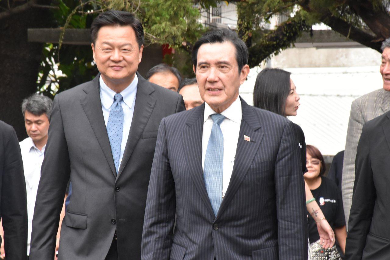 對於港女箱屍案嫌犯陳同佳今早出獄,蔡英文總統表示只有逮捕沒有自首,馬英九對此表示...