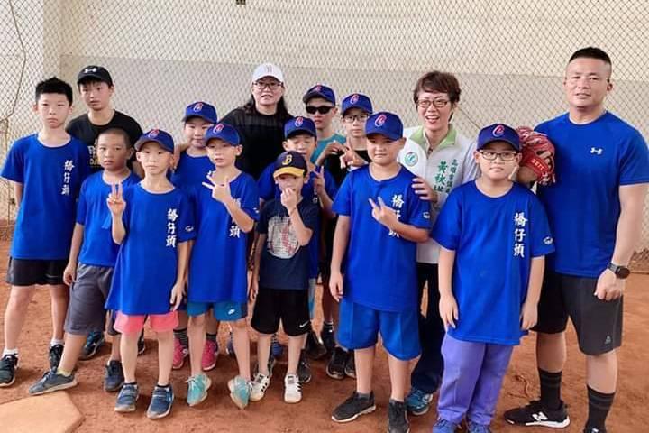 棒球/成軍3個月持續壯大 橋仔頭社區棒球隊招新兵