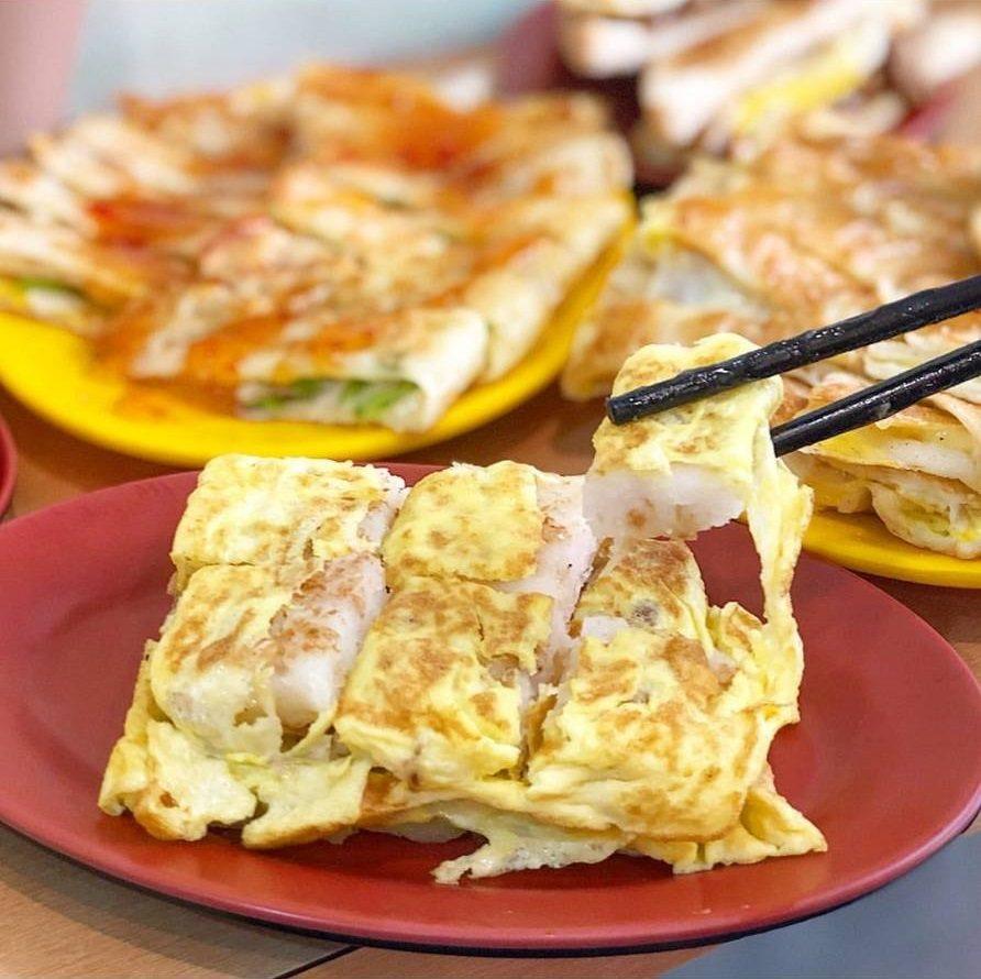 「傳統長北特製蛋餅專賣店」餐點種類豐富,圖為蛋煎蘿蔔糕。圖/FB/Blog:...