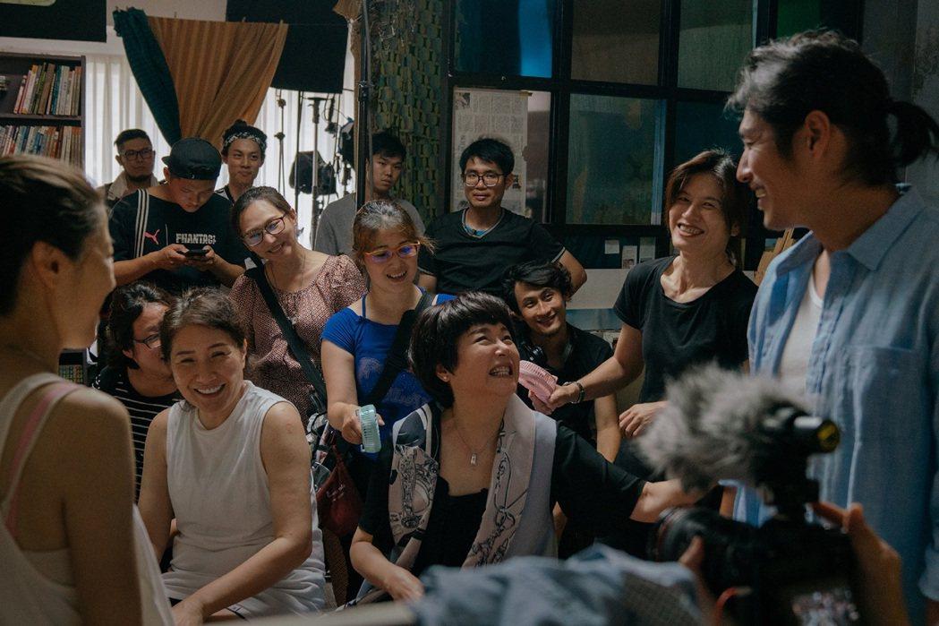 「傻傻愛你,傻傻愛我」由金鐘獎最佳編劇徐譽庭打造劇本。圖/華映提供