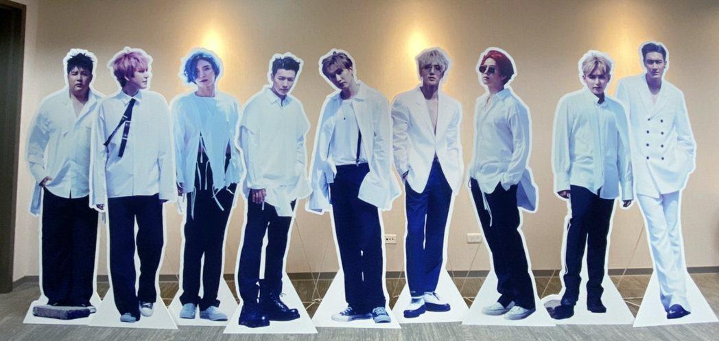 南韓男團SUPER JUNIOR帶著第九張正規專輯「Time_Slip」強勢回歸...