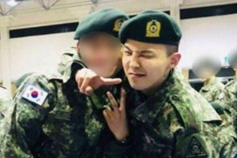 南韓男團BIGBANG隊長G-Dragon(GD)將於本週六退伍,而另外2名成員太陽與大聲也將於這兩個月陸續退伍,中、日、韓的V.I.P(BIGBANG粉絲暱稱)計畫包車前往迎接退伍,光是GD退伍已...