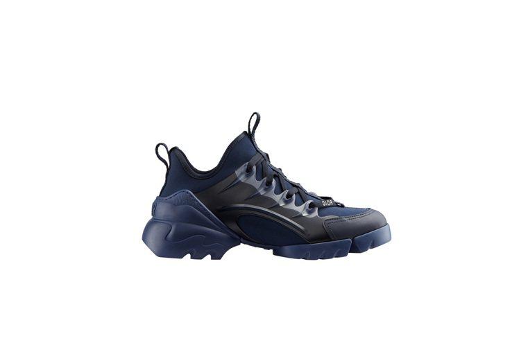D-Connect靛藍色橡膠球鞋,售價34,000元。圖/DIOR提供