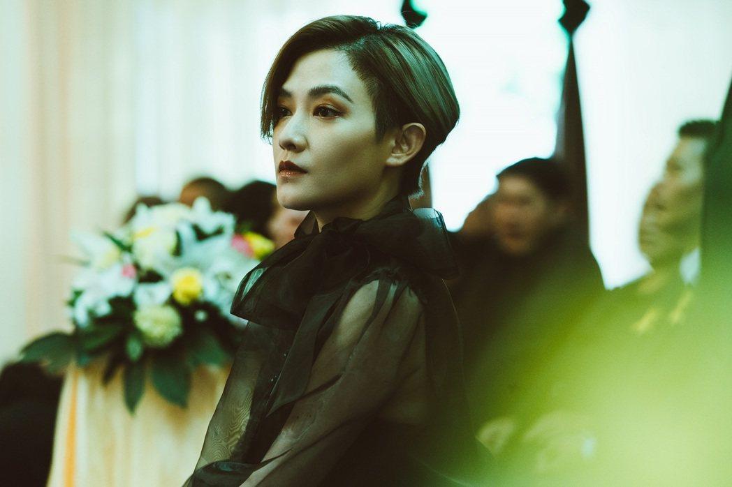 范曉萱在「罪夢者」中飾演黑道大哥的女人。圖/Netflix提供