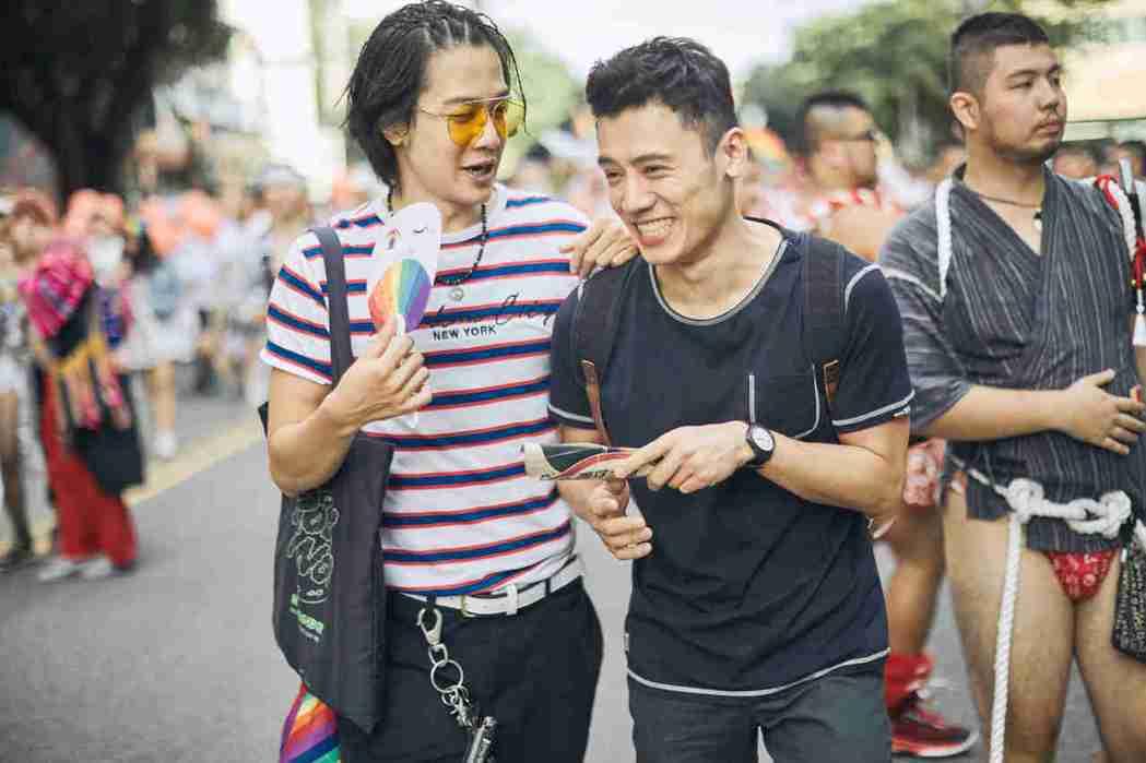 薛士凌(左)與邱志宇在「我的靈魂是愛做的」友情深厚,有精彩對手戲。圖/海鵬提供