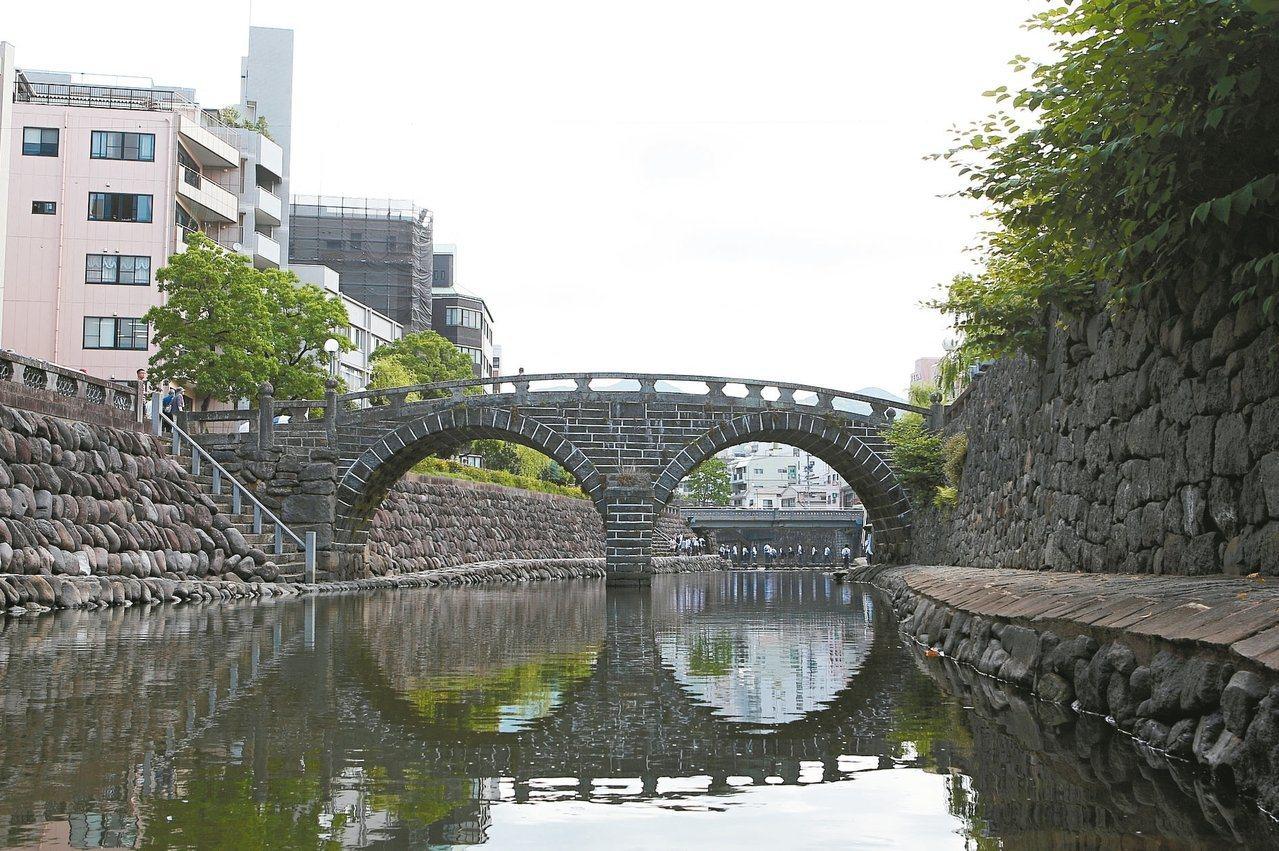 長崎眼鏡橋是日本三大名橋之一。記者陳睿中/攝影