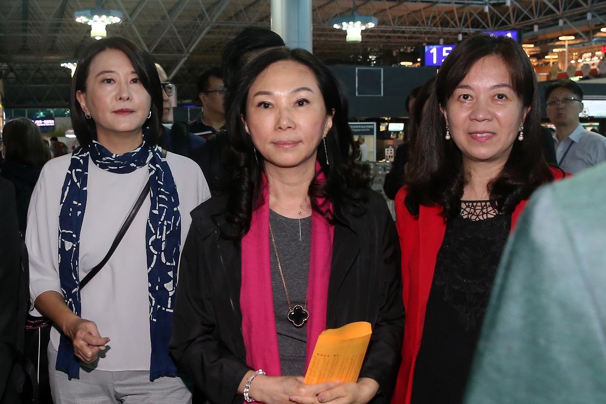 李佳芬訪東南亞 駐菲代表迎接