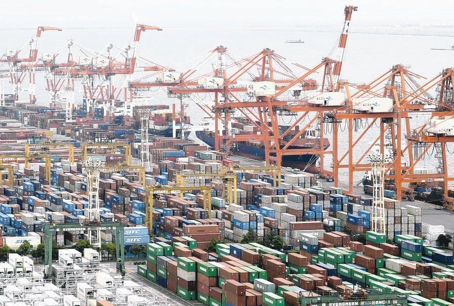 IMF預測,亞洲經濟成長可能比預期疲軟。 美聯社