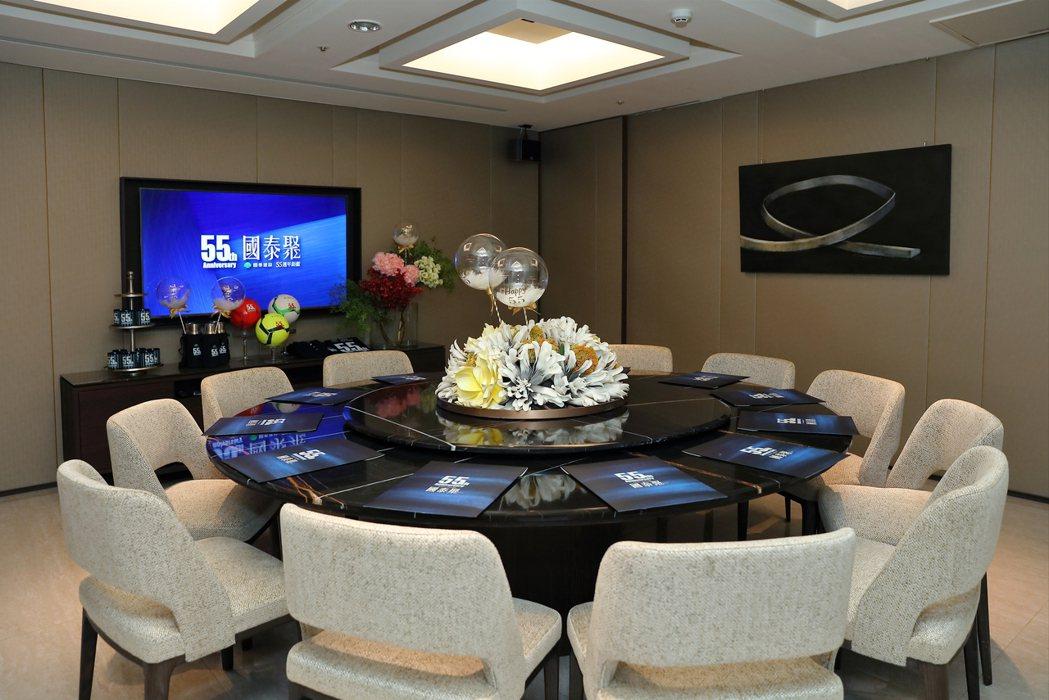 圓桌型的宴會廳請客用餐合宜。 攝影/張世雅