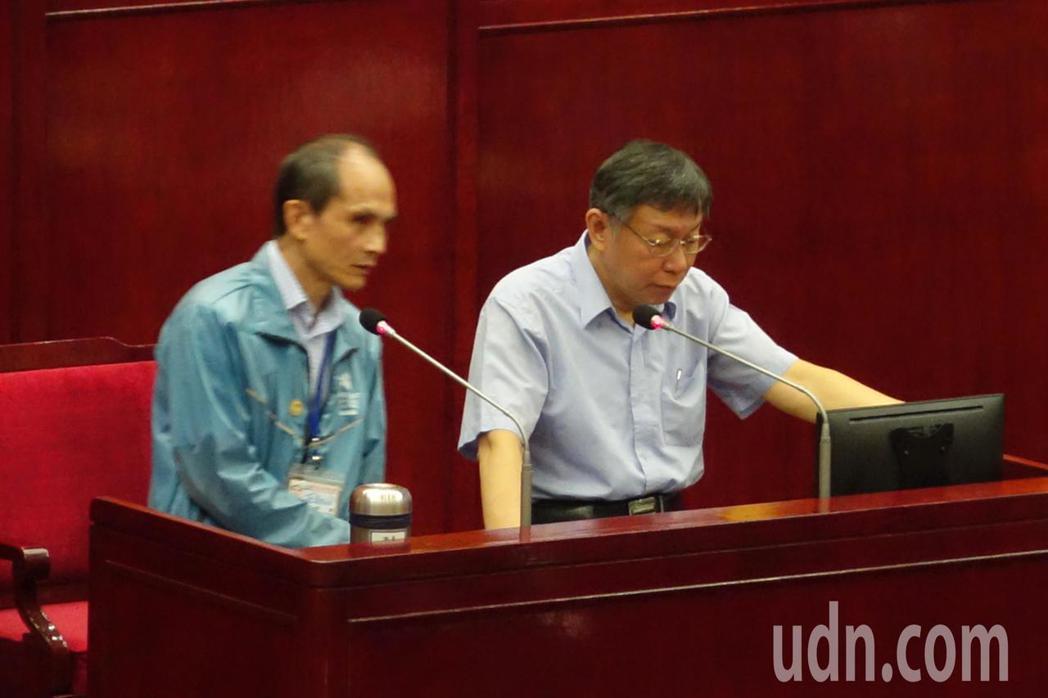 對於北農董事長秘書董德堉,另外還兼任台灣民眾黨的組織部召集人,台北市長柯文哲顯得...