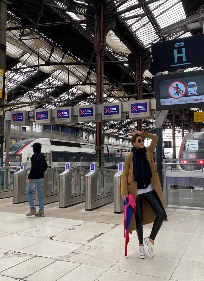小禎目前正在法國工作。圖/小禎臉書