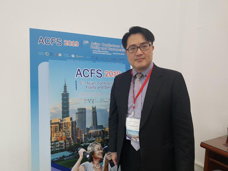 陳亮恭表示,生活型態調整與慢性病管理是肌少症目前最重要的疾病介入策略。記者楊雅棠/攝影