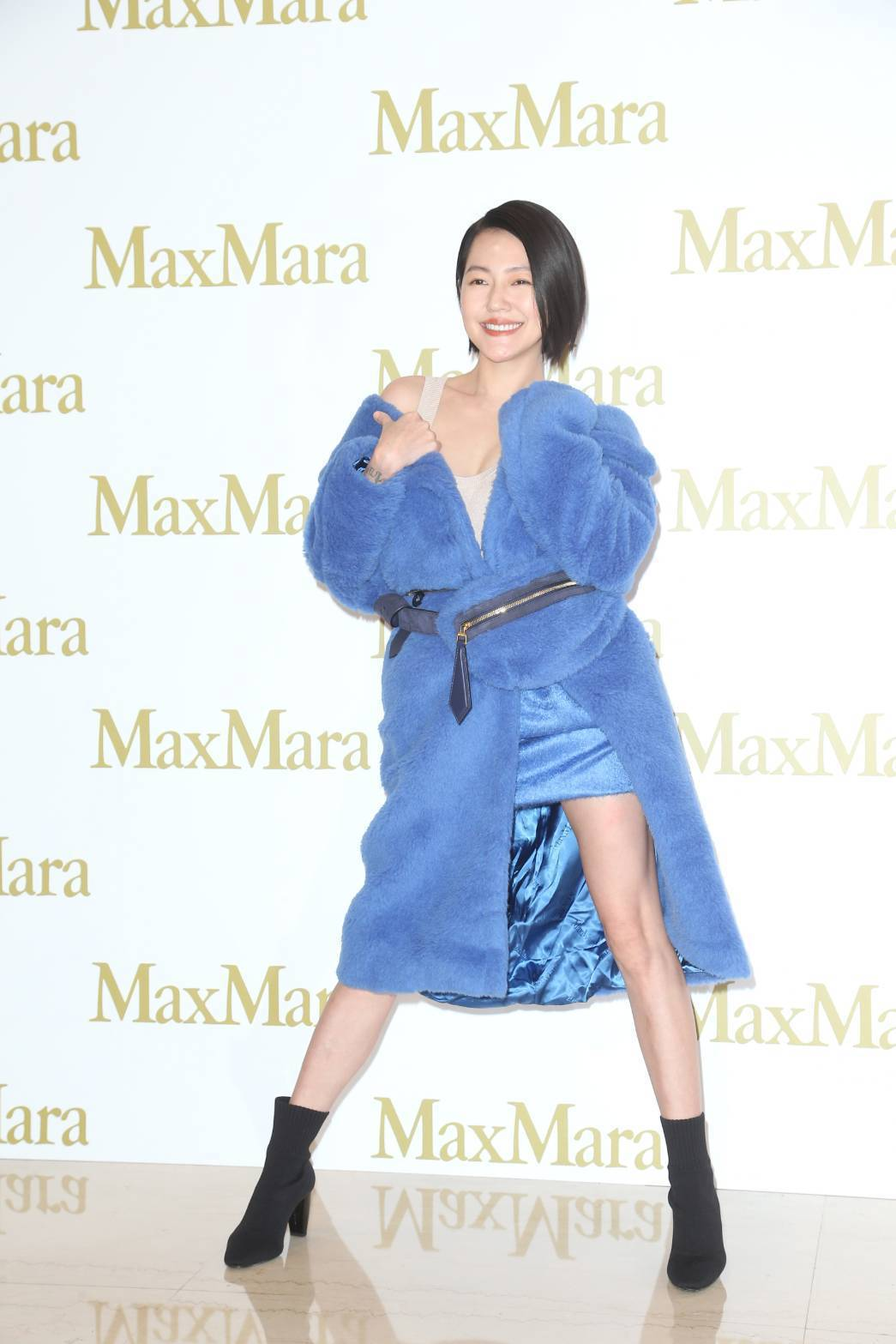 小S徐熙娣出席Max Mara快閃店活動,演繹鈷藍色泰迪熊大衣。記者陳立凱/攝影
