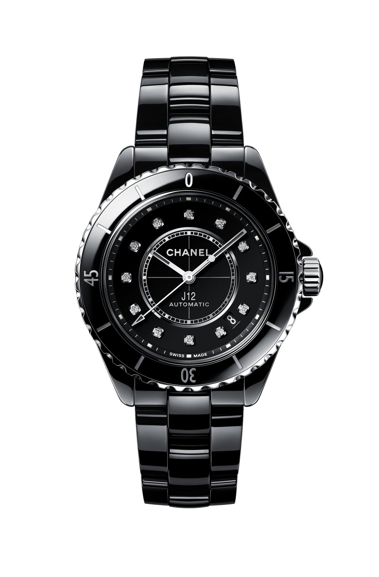 J12自動腕表,黑色抗磨精密陶瓷搭配精鋼表殼 ,22萬7,000。圖/香奈兒提供