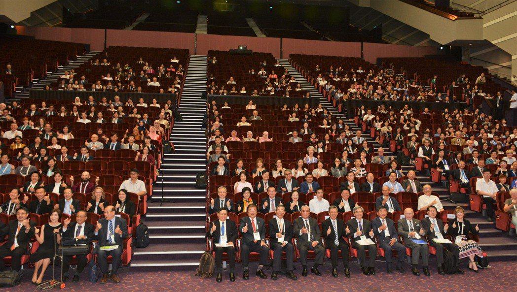 第11屆亞太地區老年學暨老年醫學國際研討會首次在台舉辦,各活動場次與會人數合計超...