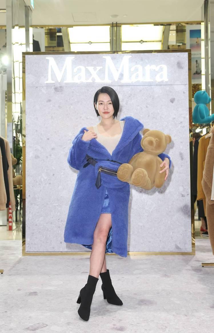 小S徐熙娣出席Max Mara微風信義「Bearing Gifts」快閃店,身穿...