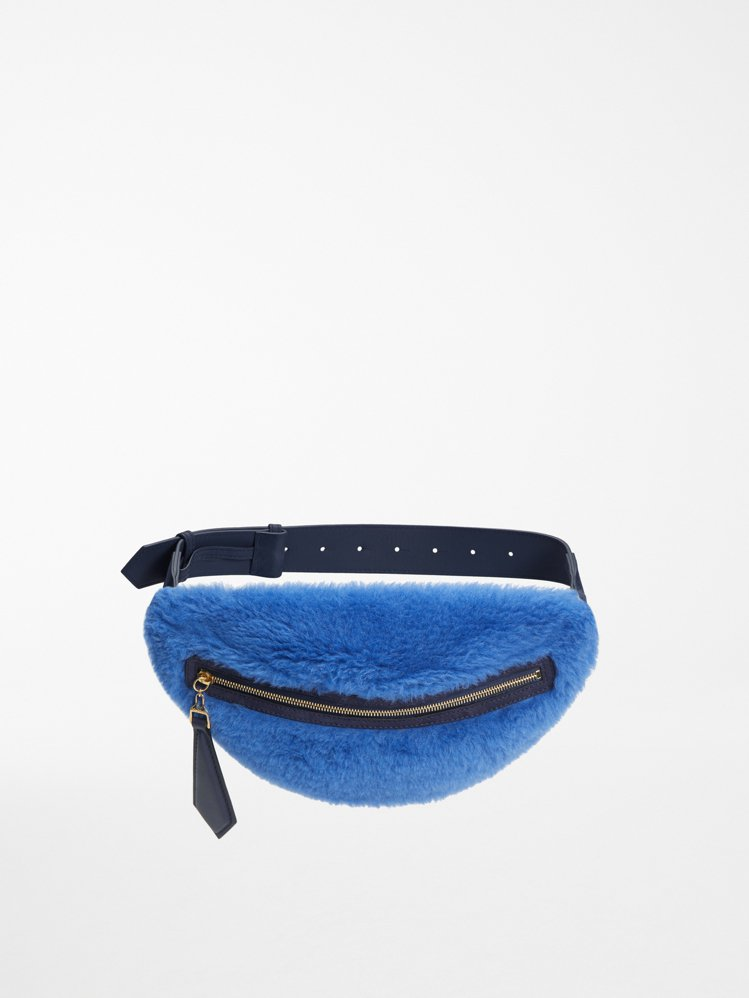 #MaxTheTeddy系列腰包,售價25,500元。圖/Max Mara提供...