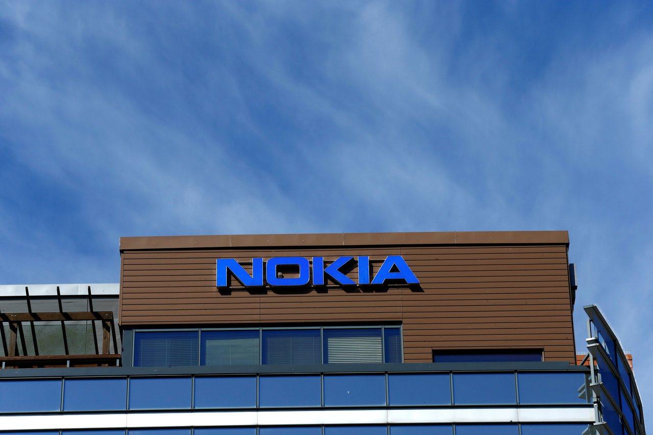 諾基亞(Nokia)調降今、明年盈餘與獲利展望,並宣布不發放2018年度第3、4...