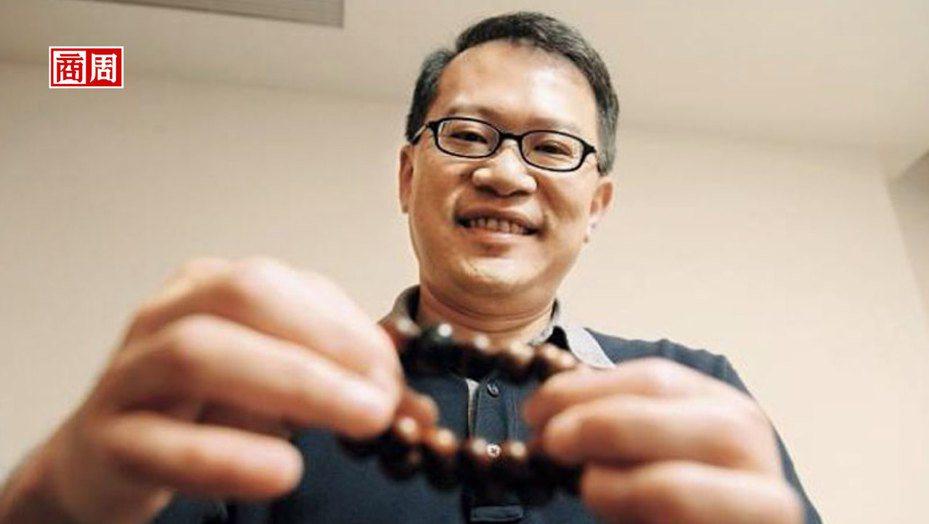 「 找到一個產品線或一個生意的機會,」酷碁科技總經理鍾逸鈞說,智慧佛珠替宏碁穿戴式裝置開出新路。(攝影者.程思迪)
