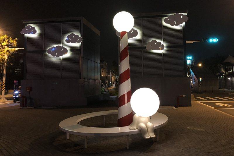 許多不斷外加的「公共藝術」反而造成喧賓奪主,圖為台南街道美術館計畫。 圖/聯合報系資料照