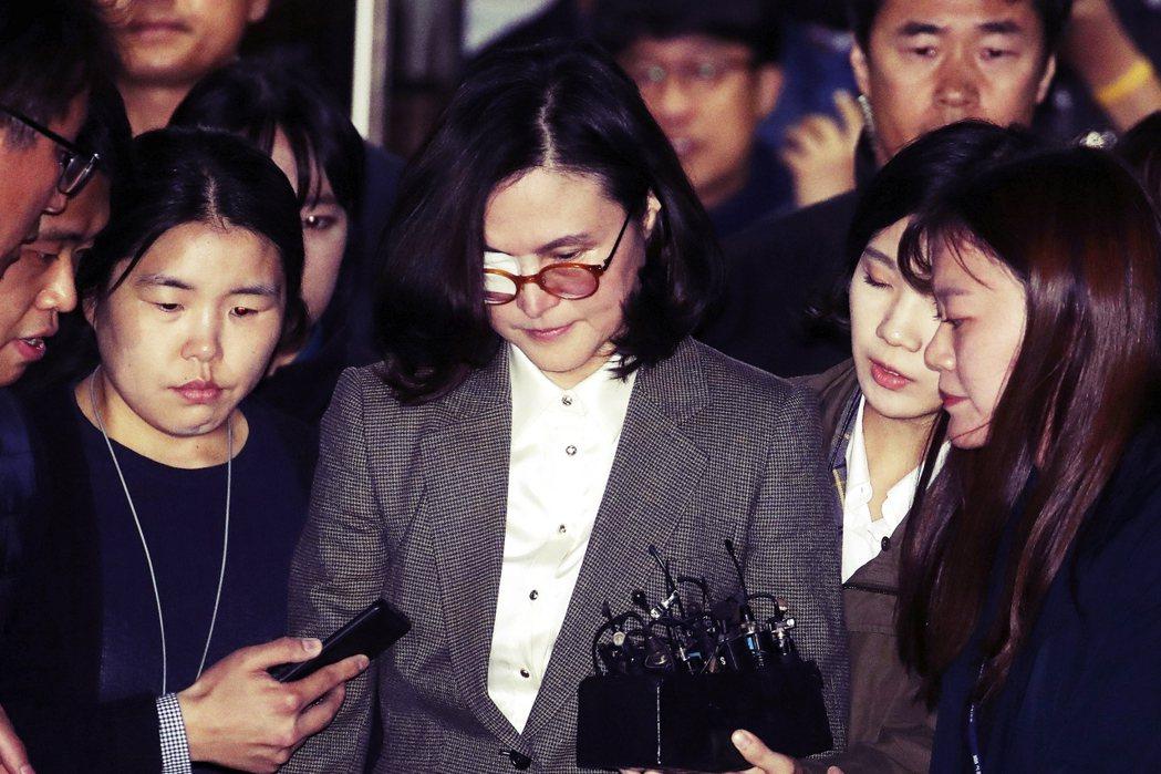 後曹國政局(上):收押教授妻子的74億「幽靈金流」