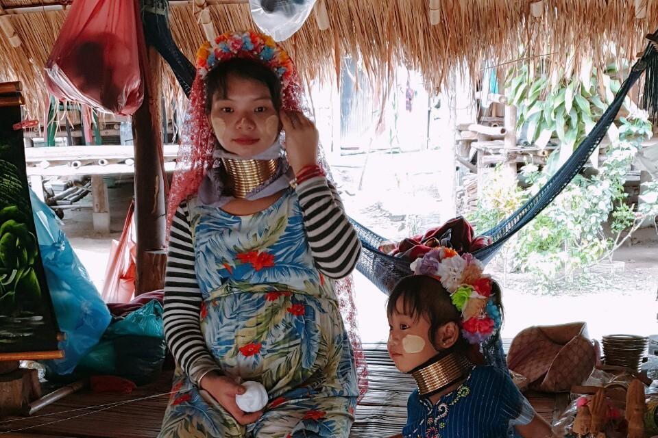 泰國清萊/白廟、藍廟、黑屋、長頸族一日行程