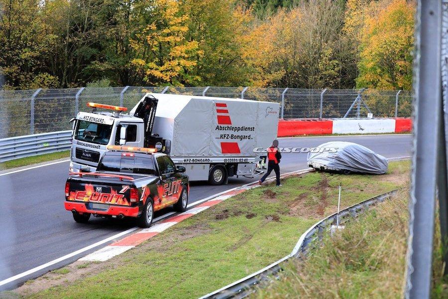 紐伯林北賽道的神奇彎角 竟讓BMW M3跟911 GT3相繼失守!